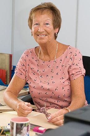 Mrs Jenny Newton